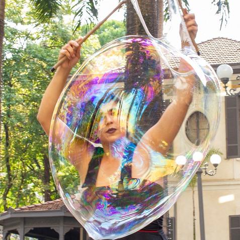 bolhas-gigantes-humorecirco-eventos-sp