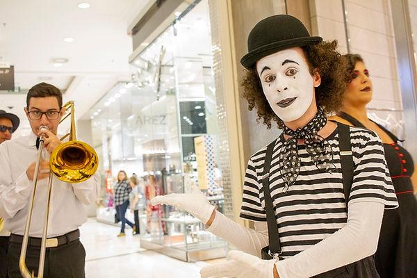 mimico-humor-e-circo-evento-shopping.jpg