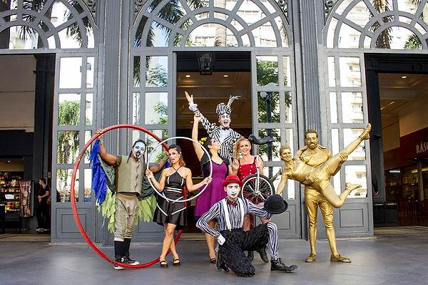 artistas-circo-entrada-shopping-evento.jpg
