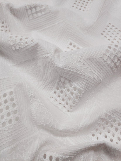 Broderie Anglaise Square