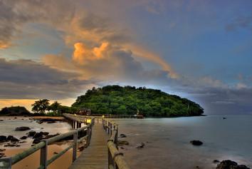 Bom-Bom-Island-Silversea-Destinations.jpg