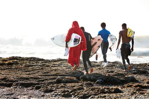 SURFERS_528.jpg