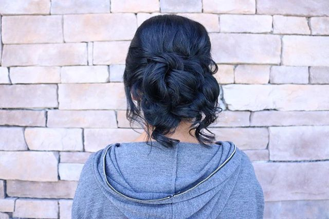 Updo by _tararoberto 💕 shes amazing just like all of our stylist !!! Check her out in Wantagh ..