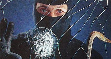 burgler-broken-glass.jpg