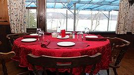 restaurant-table-1-w316.jpg