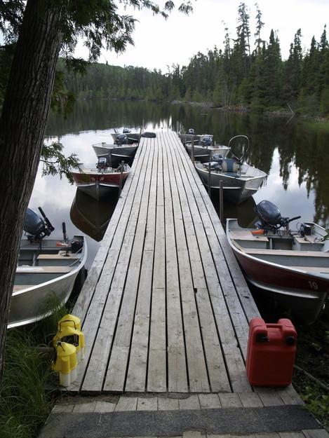 PK_Resort_Fly_In_Fishing_Canada_Dock_Sid