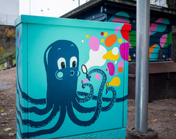 Octopus and friend. Electrical cabinet painting, Kaarlenpuisto playground Helsinki, G-REX, 2016