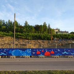 Fence mural to delight a new neighborhood in Tampere. Uusi Santalahti - Pisparannan kortteli. Pohjola Rakennus Oy Häme, 2018