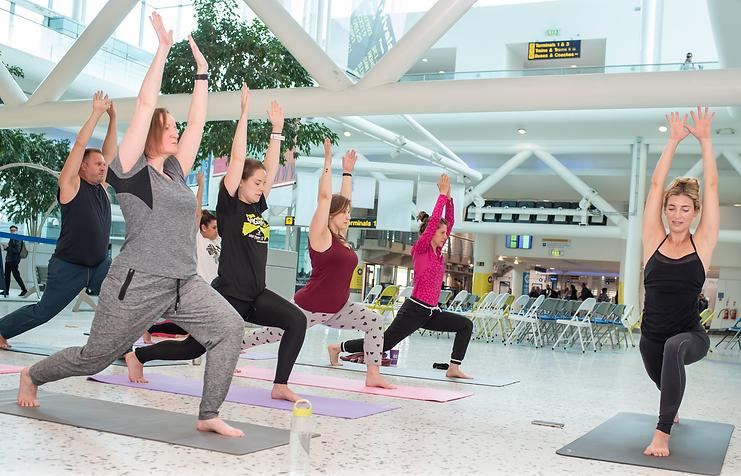 emayoga-corporate-yoga-1.png