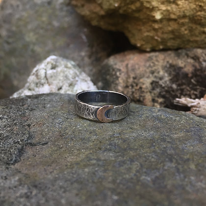 Hammered Moon Ring (Size 8)