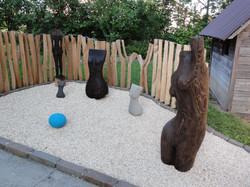 Ruschy, Holz und Steinarbeiten