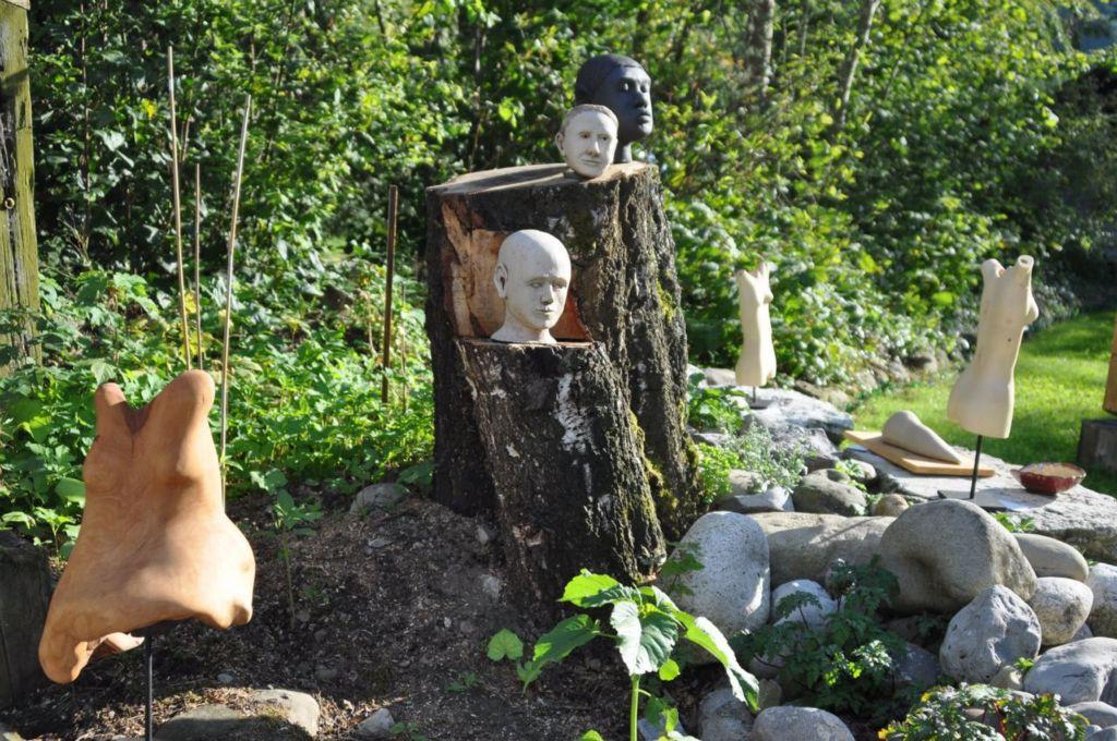 Ruschy, Keramik und Holz