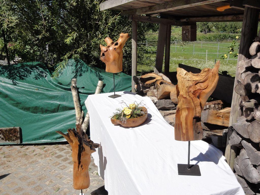 Ruschy, Holzarbeiten
