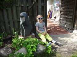Bei Stein - Skulptur von Ruschy