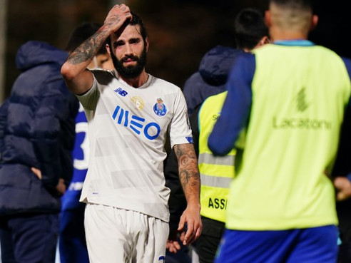 Porto players in tears after horrific injury leaves Nanu unconscious