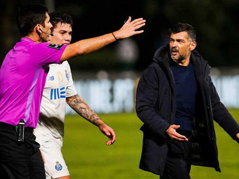 "Porto manager Sérgio Conceição lashes out: ""We were cheated today, we were robbed"""