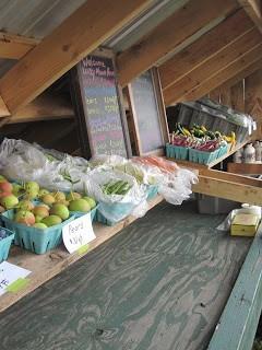 Lucky Moon Farm stand