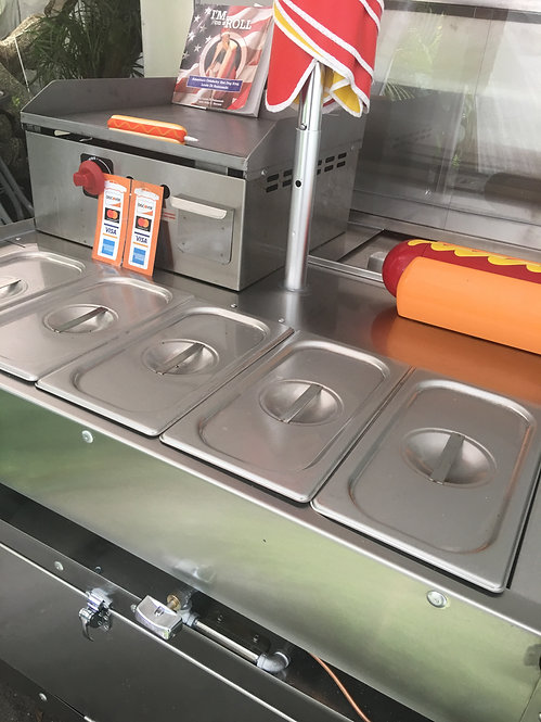 Kings crown cart with 18 x 18 flat surface griddle