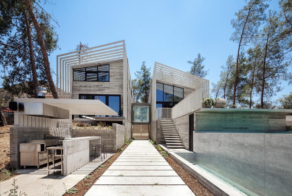 contempory architectural design with less is more concept