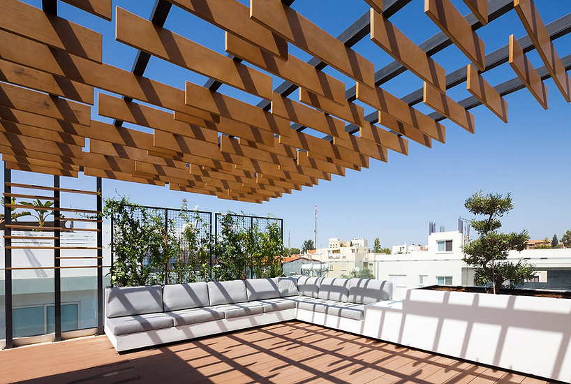 minimal roof garden pergola in cyprus