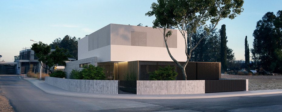 modern architecturhouse  in cyprus by ekky studio architects