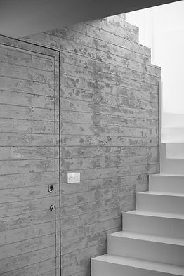 cocrete material architecture idea for staircase design by ekky studio architects in cyprus