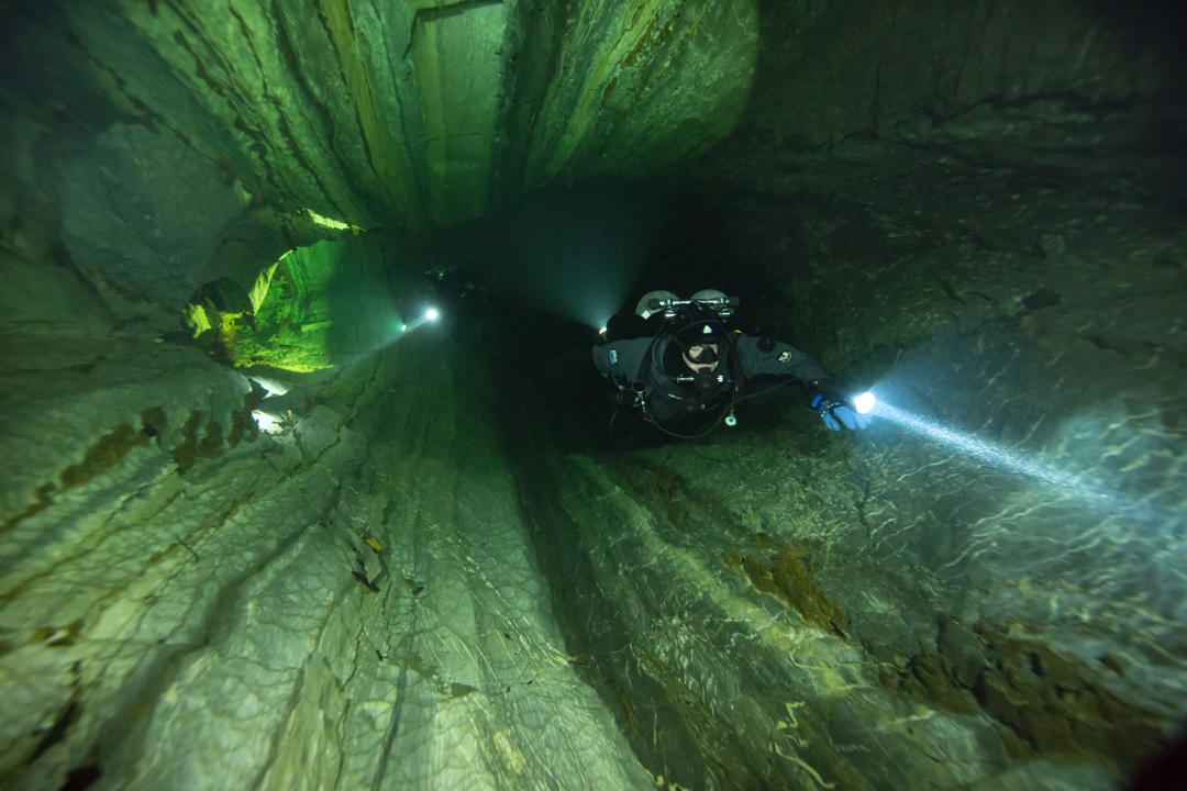 Nomash River Cave, Dennis and Greg passage