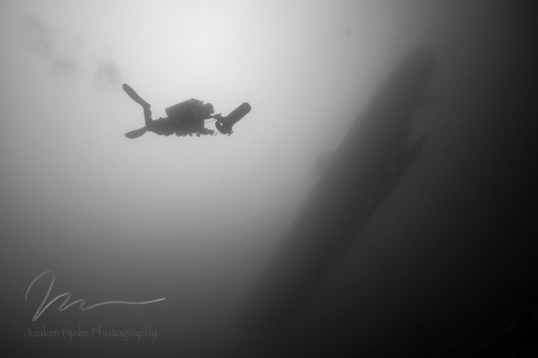 Submarine Dance