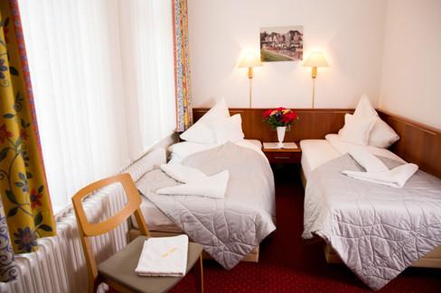 Zweibettzimmer8ihnken_Beispiel8_1_Zimmer
