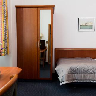 EZ_ZIMMER24_Hotel_Cornelius_Luisenstrass