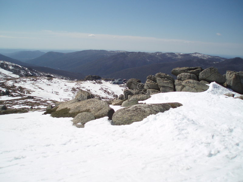 Snow Scene-01-2681449.jpg