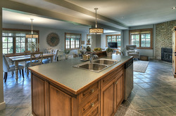 Country Court 25-kitchen3