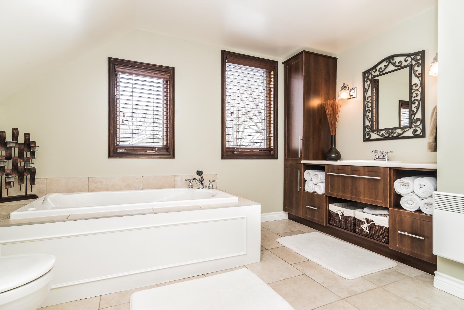 sunnyside15-bath3
