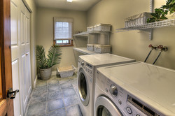 Country Court 25-laundry