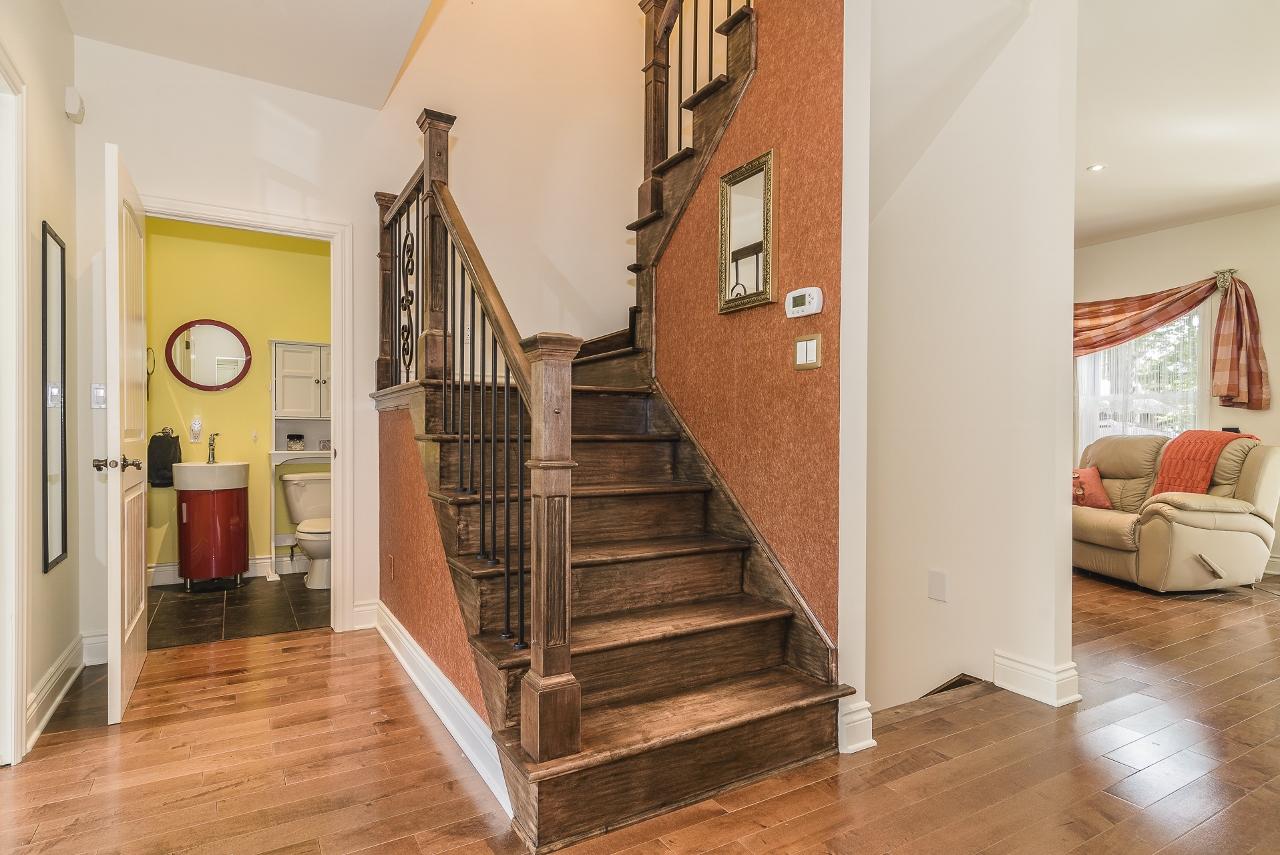 stelisabeth-stairs