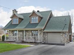 St-Zotique House for Sale