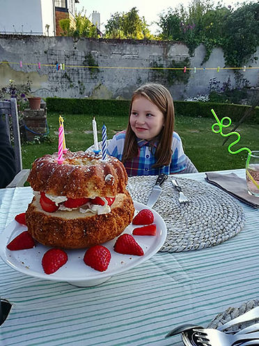 cakeb.jpg