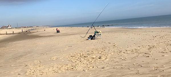 beachfishingb.jpg