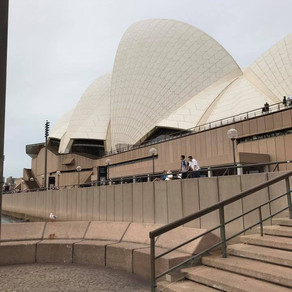 2017 MBA East Meets West Trip -                     Hello Sydney!!