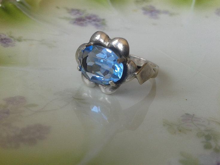 טבעת כסף ואבן כחולה