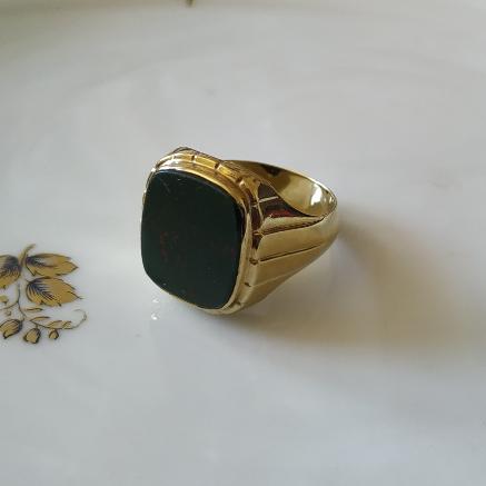 טבעת זהב ובלאדסטון לגבר