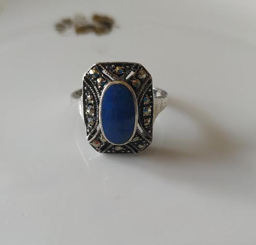 טבעת כסף מרקיזטות ולאפיס לאזולי