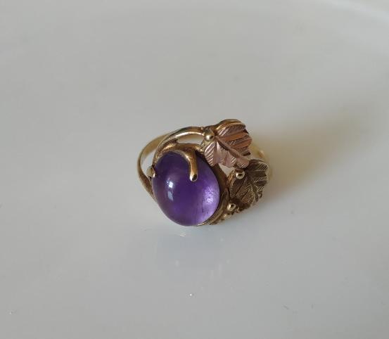 טבעת זהב אמטיסט ועלים
