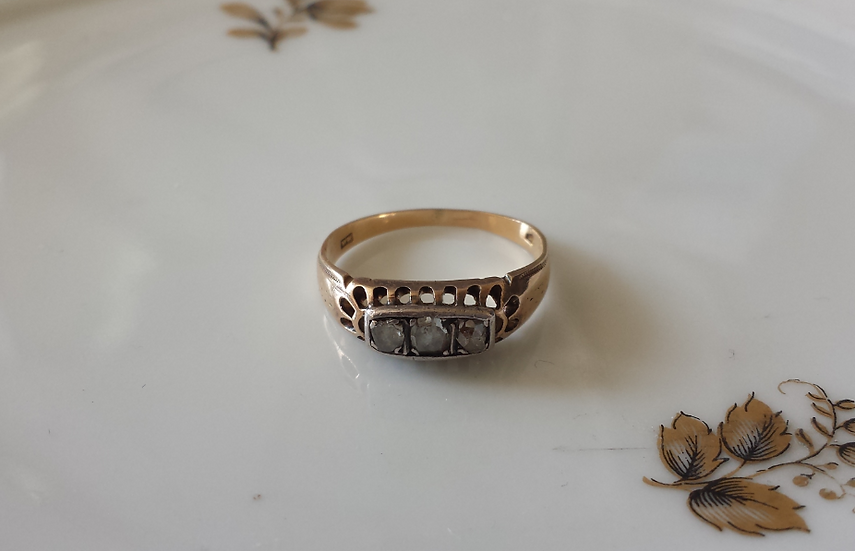 טבעת זהב סירה עם דיאמנטים