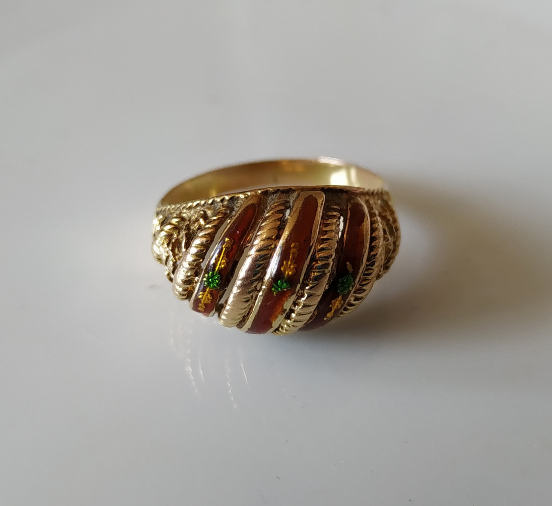 טבעת זהב ואמייל