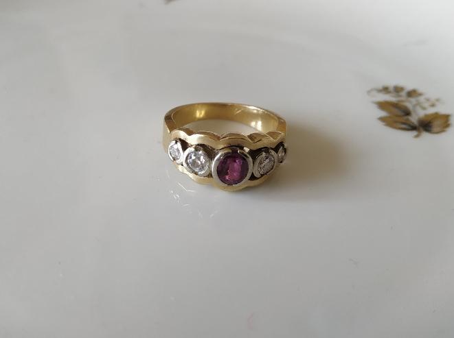 טבעת זהב רובי דיאמנטים