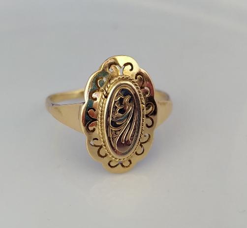 טבעת זהב אליפטית
