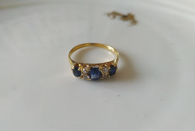 טבעת זהב ספיריםודיאמנטים