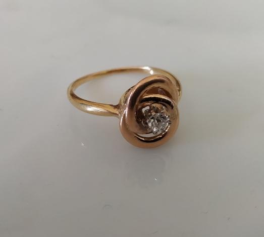 טבעת זהב קשר ודיאמנט