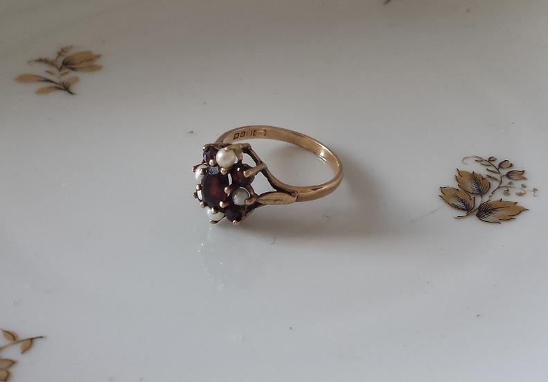 טבעת זהב גרנטים ופנינים